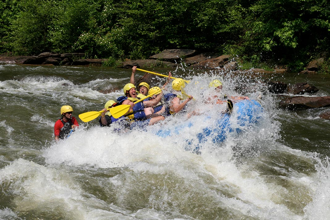 Best Rivers Outfitters For Whitewater Rafting In Nc Paddling Magazine